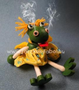 Füstölő sárkány lány